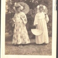 Margaret and Beatrice Starr, c. 1910